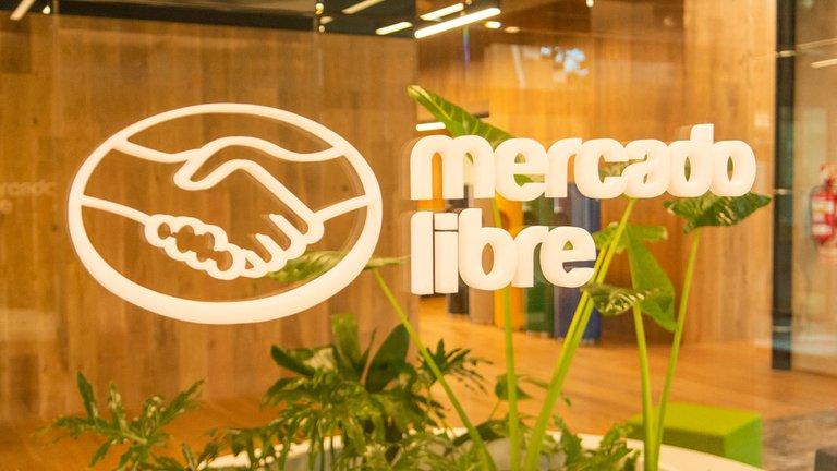 El exitoso caso de Mercado Libre, la única empresa argentina en el ranking de los mejores lugares para trabajar en el mundo